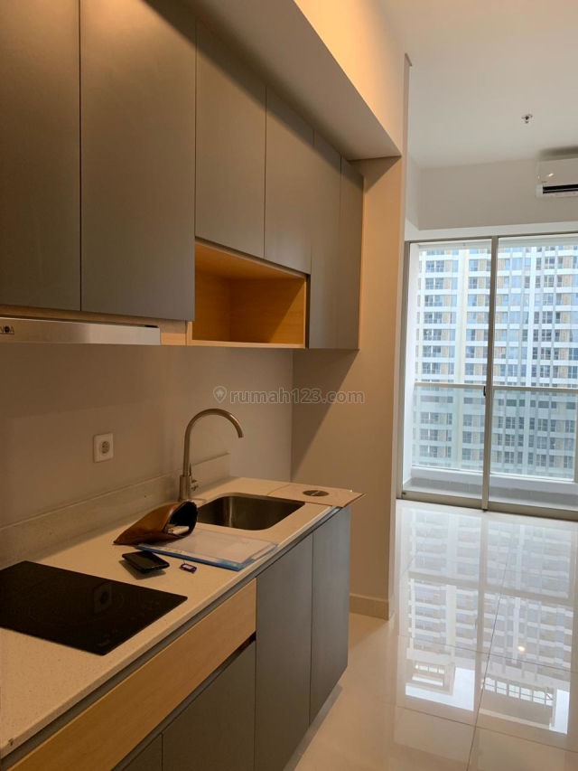 Apartemen Taman Anggrek Residence Studio UnFurnished, Taman Anggrek, Jakarta Barat