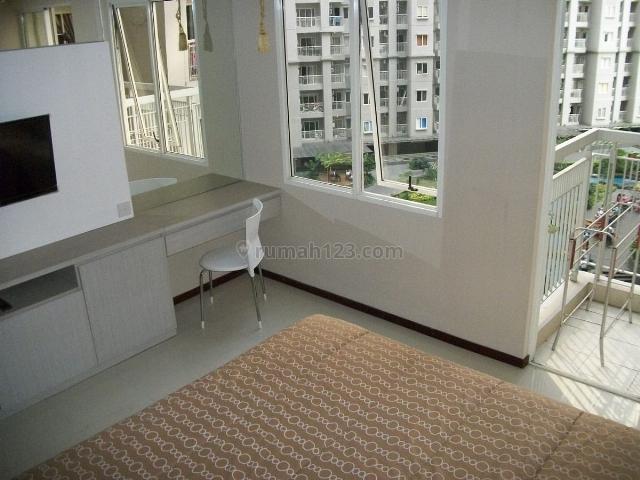 studio Apartment Royal Mediterania Garden furnished bagus, Tanjung Duren Selatan, Jakarta Barat