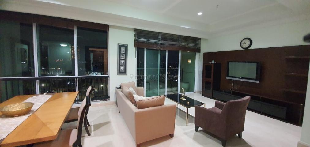 Apartemen Pakubuwono View 2 Bedroom Tower Redwood Lantai Sedang, Pakubuwono, Jakarta Selatan