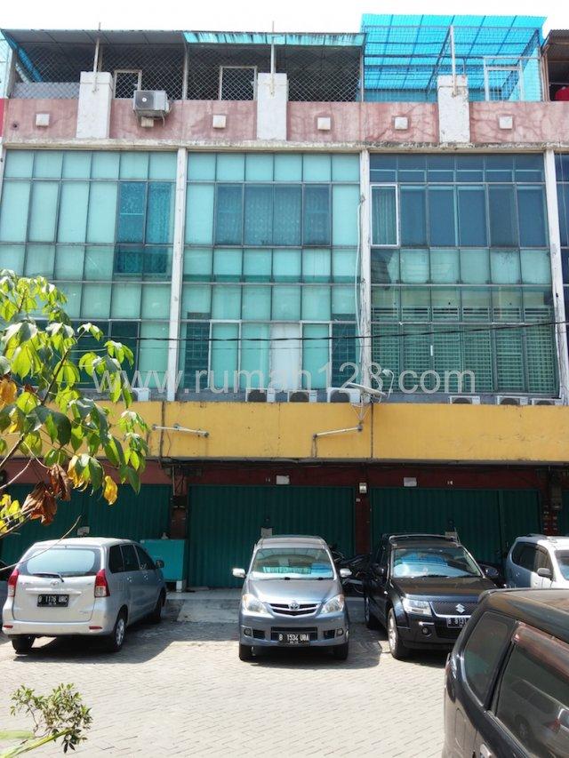 3 Ruko Gandeng Bandengan Selatan Jaka, Penjaringan, Jakarta Utara