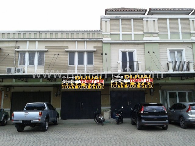 Dijual Ruko Gandeng, Parkiran Luas, Cengkareng, Jakarta Barat