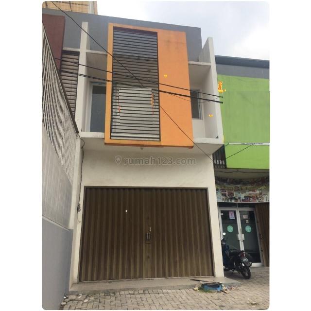 Ruko Baru pinggir jalan di Jl. Perjuangan, Kebon Jeruk, Jakarta Barat, Kebon Jeruk, Jakarta Barat