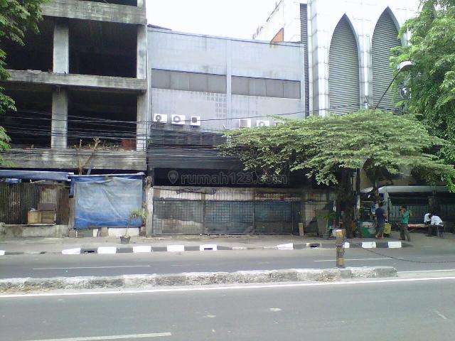 Gedung Dalam Bentuk Struktur, Hoek Pinggir Jalan Di Ketapang MP2343JL, Sawah Besar, Jakarta Pusat
