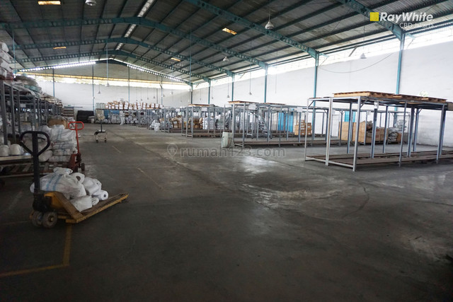 Pabrik Ex-Garment atau Gudang TERBAIK Di Tangerang, Jati Uwung, Tangerang