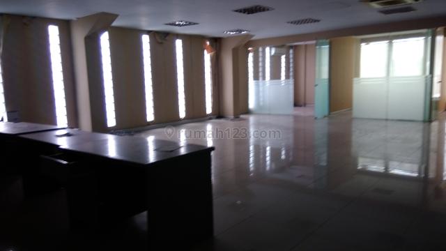 Gedung Kantor Jalan Raya, Sunter, Jakarta Utara
