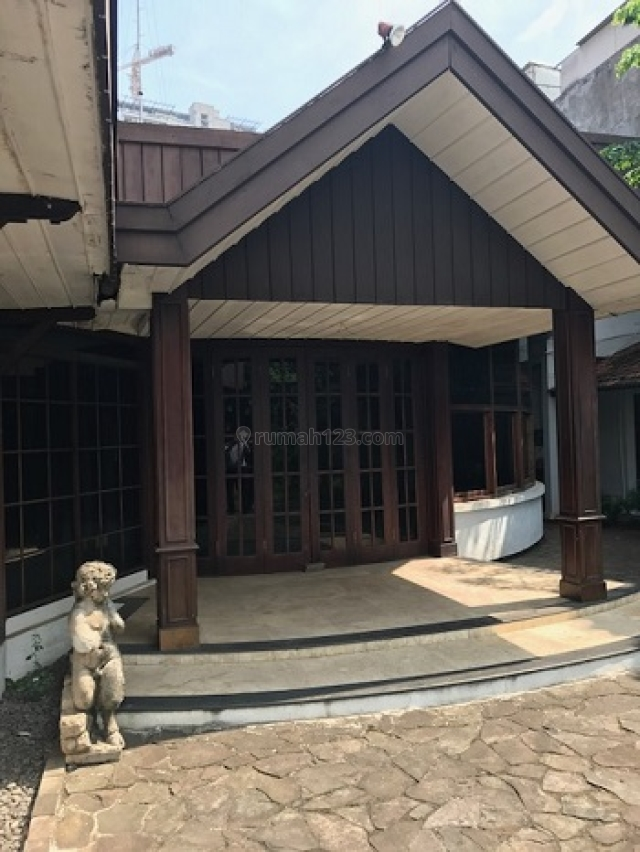 heritage house untuk usaha di Menteng, cocok untuk restoran, Menteng, Jakarta Pusat