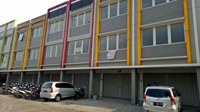 2 Unit Ruko Berjajar di M-Square, 3 Lantai, Cibaduyut, Bandung