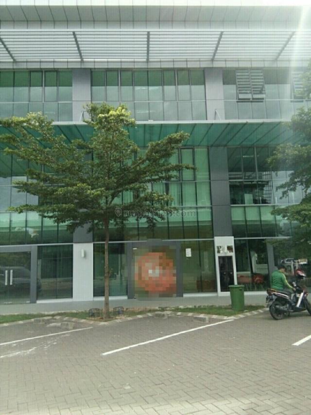 Kebayoran Square, Bintaro, Tangerang Selatan
