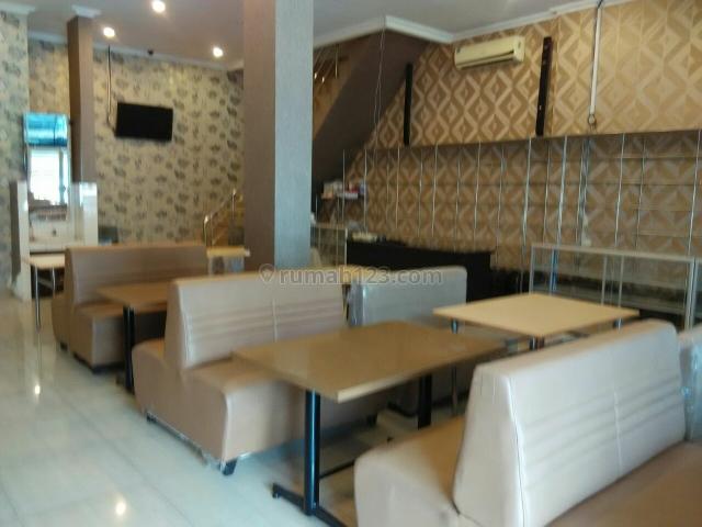 TEMPAT USAHA, Muara Karang, Jakarta Utara