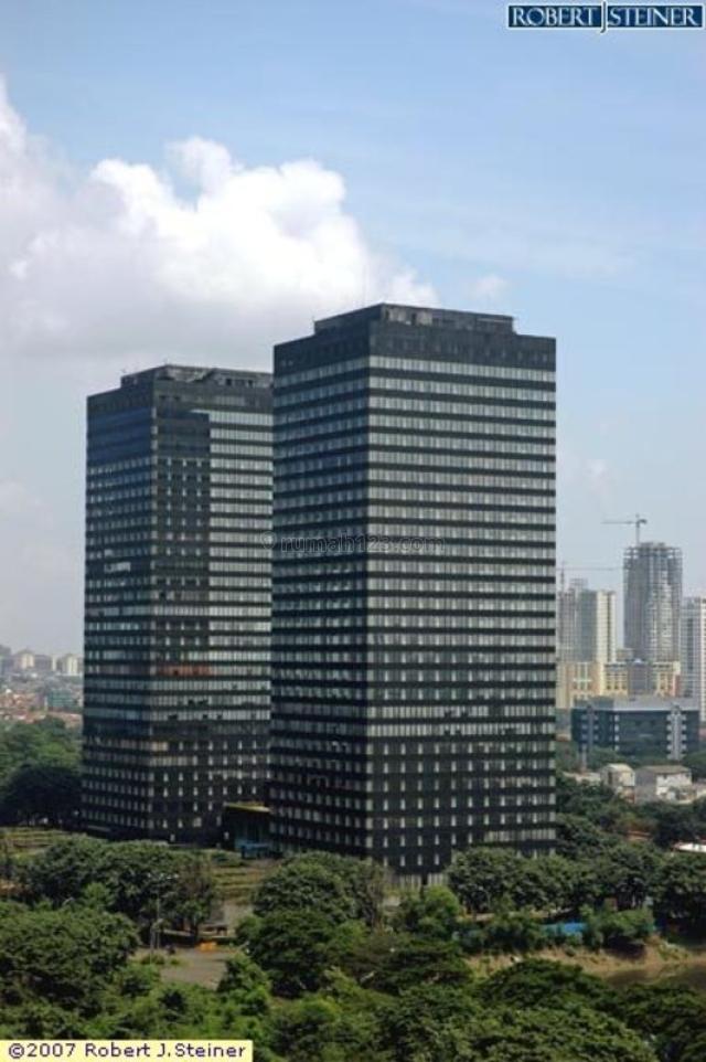Tersedia Ruang Kantor 100-1000 di Landmark Tower, Sudirman, Jakarta Selatan