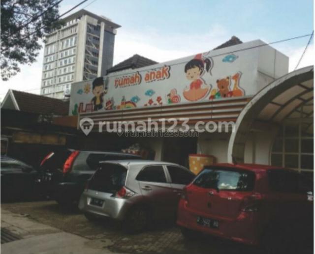 ruang usaha di jalan anggrek riau RE martadinata, Riau, Bandung