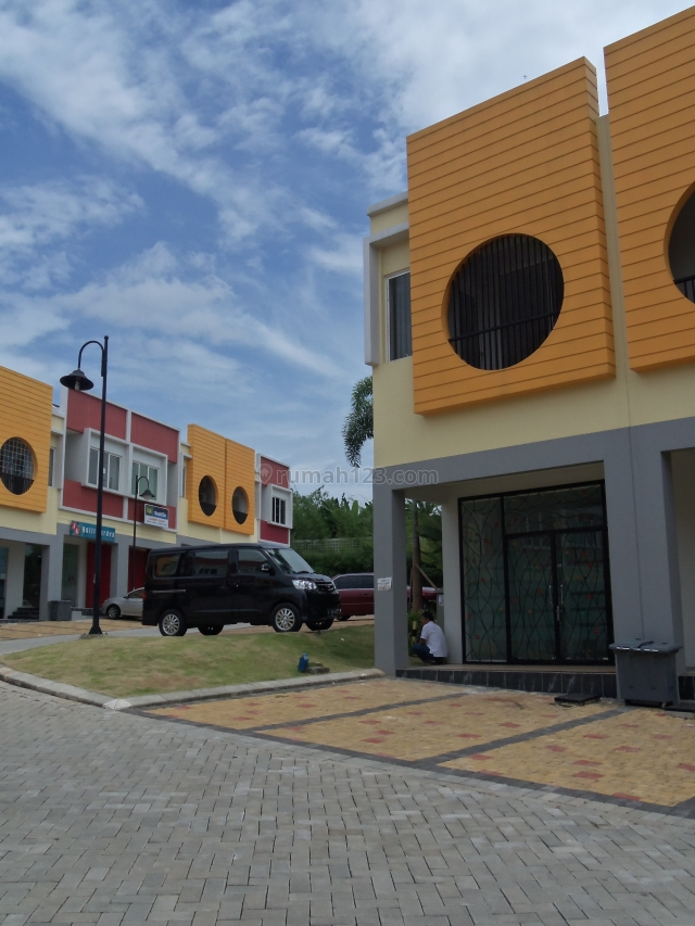GOLDEN8 HUK, Gading Serpong, Tangerang