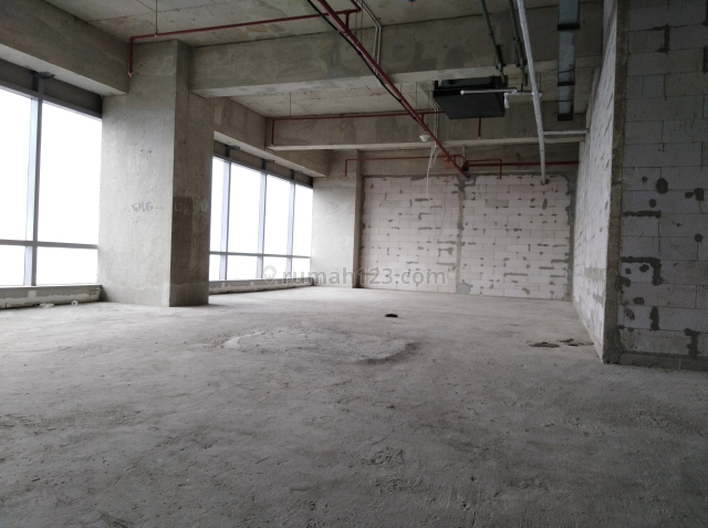 NEO SOHO TYPE CAPITAL OFFICE SPACE GRADE A, 322SQM, BARE CONDITION, MIDDLE FLOOR, Central Park, Jakarta Barat
