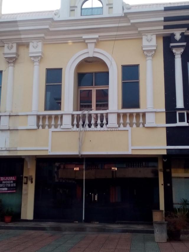 Ruko siap pakai cocok untuk tempat usaha di Cibubur Time Square 081314554400, Bekasi Kota, Bekasi