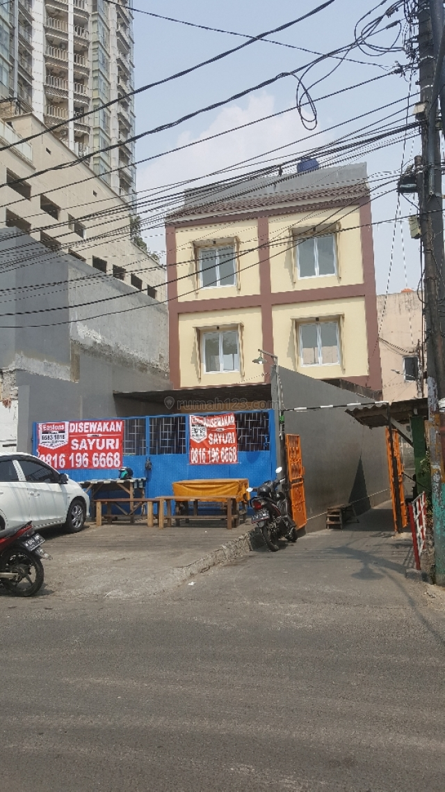 Ruko baru siap huni, Mangga Dua, Jakarta Barat