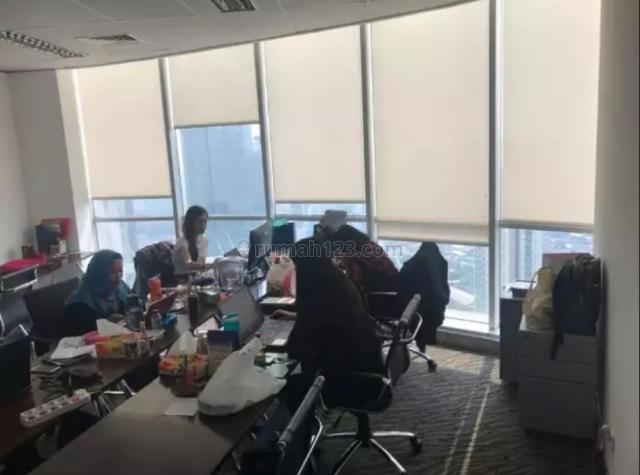 AXA TOWER, Kuningan, Jakarta Selatan