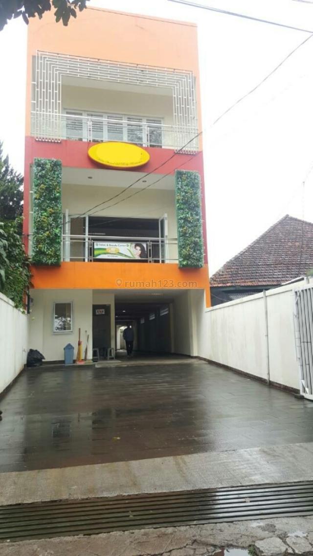 Ruko Sayap Riau, Riau, Bandung