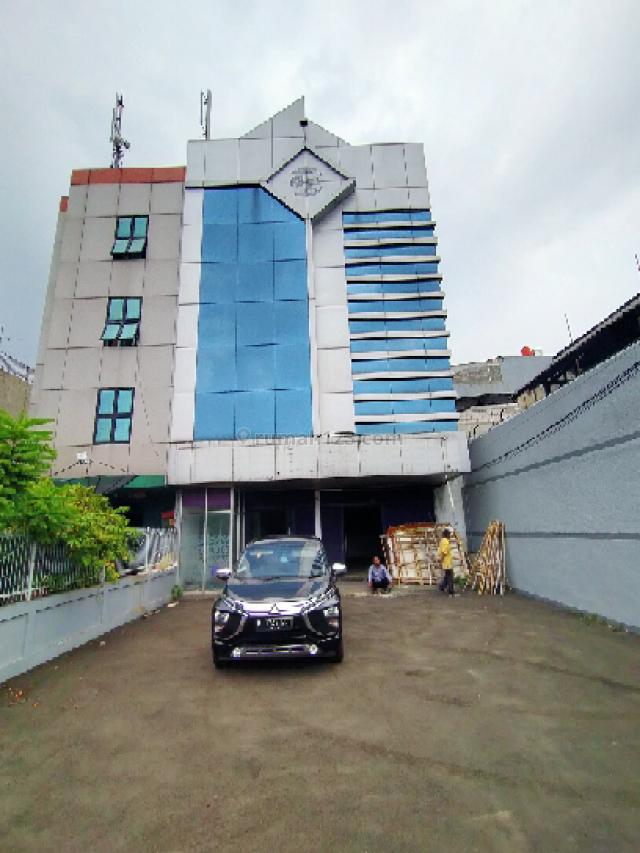 Gedung 4 Lantai di Pusat Perniagaan, Angke, Jakarta Barat