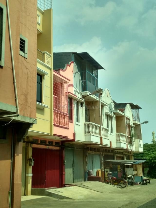 ruko palem murah siap pakai cocok untuk usaha, kantoran, Cengkareng Barat, Jakarta Barat