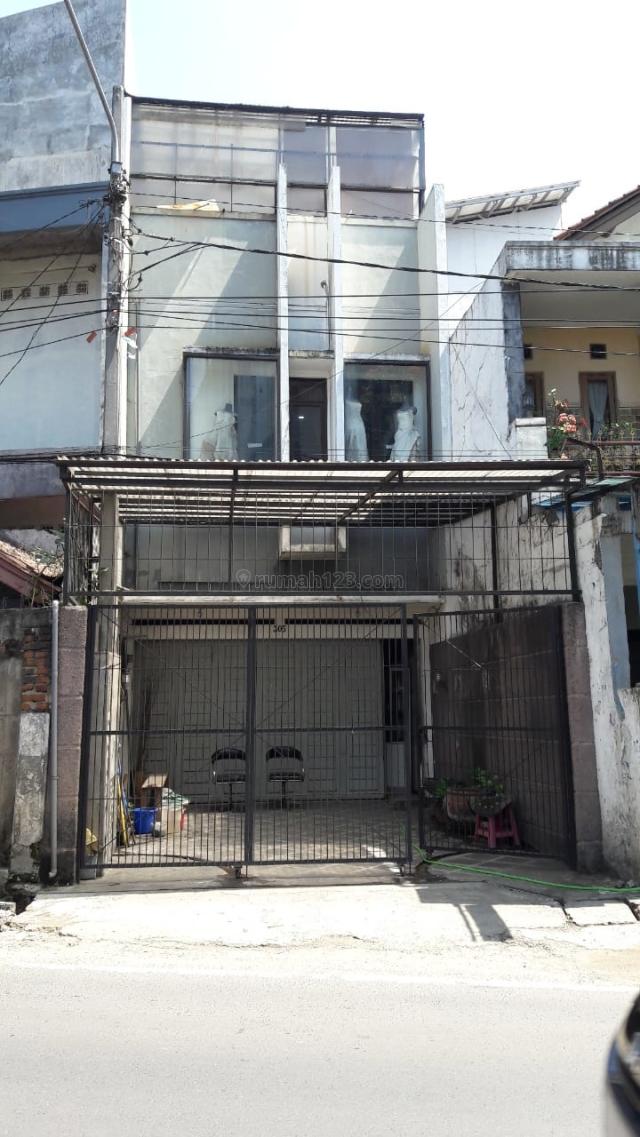 DI.JU.AL. CEPAT RUKO 3LANTAI  JL. SUKARAJA, BANDUNG - LOKASI STRATEGIS, Pasteur, Bandung