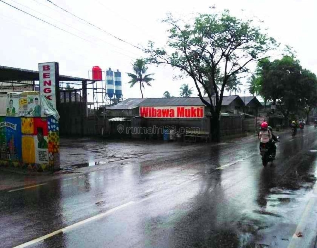 Bengkel Mobil Pinggir Jalan Provinsi Cikarang, Kedungwaringin, Bekasi