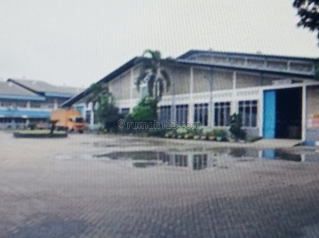 Pabrik Sepatu Kawasan Jatake, Jati Uwung, Tangerang