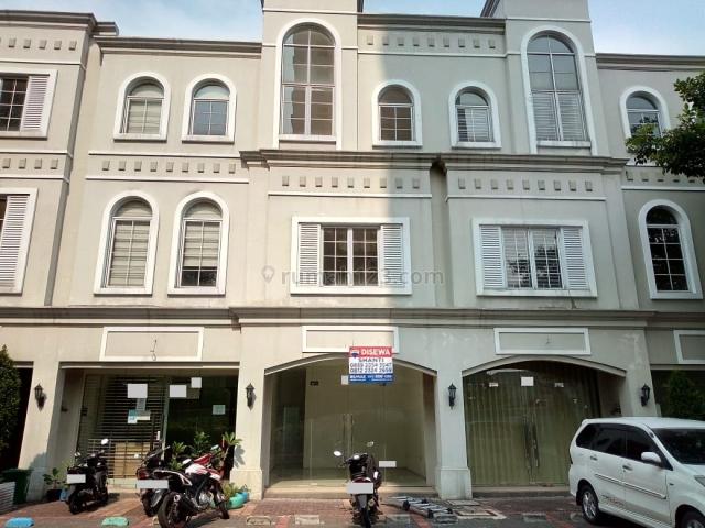 Ruko Citra 7 lokasi strategis, Citra Garden, Jakarta Barat