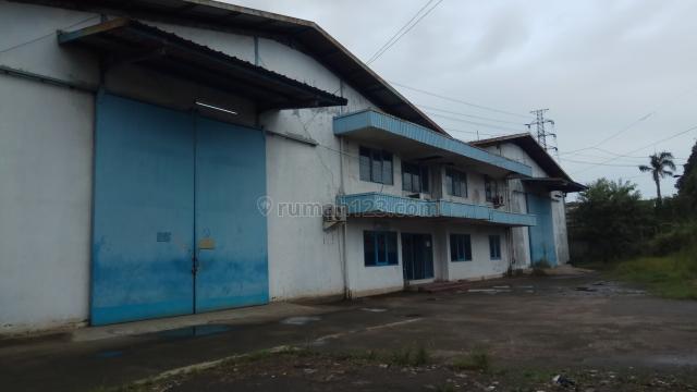 Butuh renovasi, akses ke toll hanya 300meter saja, gak macet, jarang ada, Jati Uwung, Tangerang