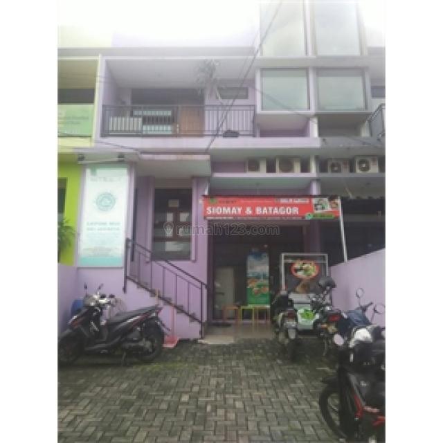 Ruko second cocok untuk hunian atau bisnis di kawasan bisnis Tebet Timur Dalam Raya Jakarta Selatan, Tebet, Jakarta Selatan