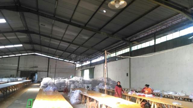 Gudang d tengah kota kopo, Kopo, Bandung
