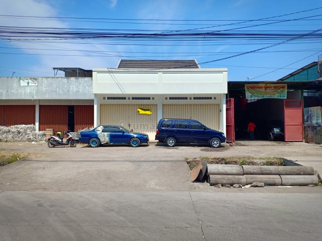 Ruko depan dinas perpustakaan dan Samsat kawaluyaan, Kiaracondong, Bandung