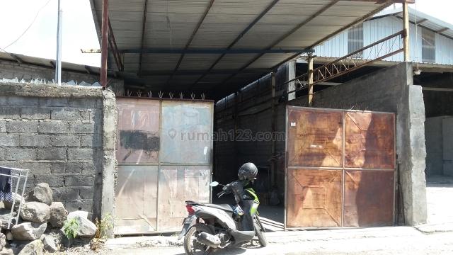 Gudang bahan bangunan akses jalan tronton kawasan cargo denpasar, Gatot Subroto, Denpasar