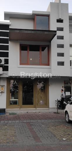 RUKO FULL FURNISH RENOVASI TOTAL SIAP PAKAI UTK CAFE, DI PAKUWON CITY,DAERAH RAMAI DEKAT ITS,GM,WM,DLL, Pakuwon City, Surabaya