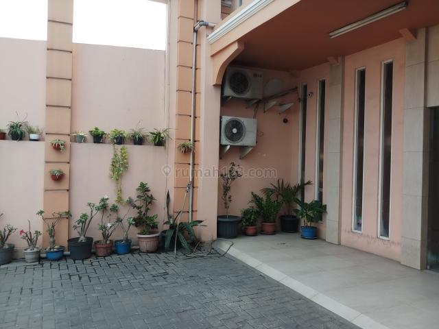 Ruko Lebar 9 meter di bintara Raya Bekasi barat, Bintara, Bekasi