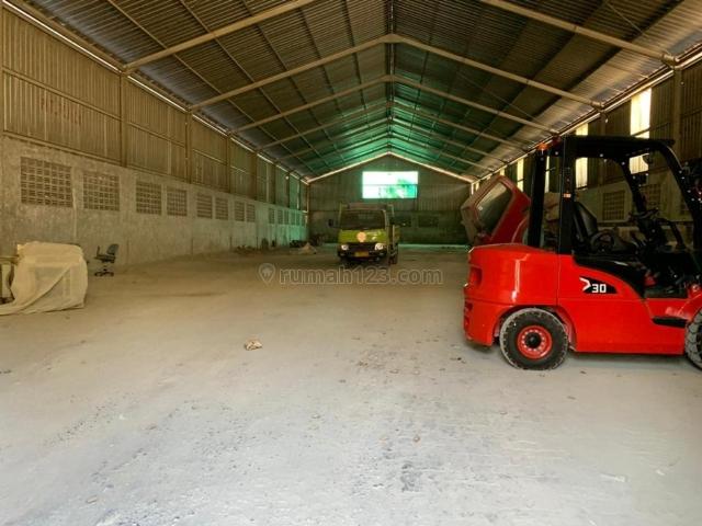 Gudang siap pakai blok 5, Ngaliyan, Semarang