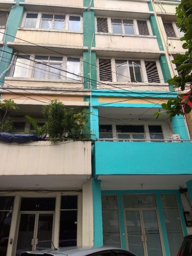 Ruko perlantai di Grand Polim.. lok oke, Kebayoran Baru, Jakarta Selatan