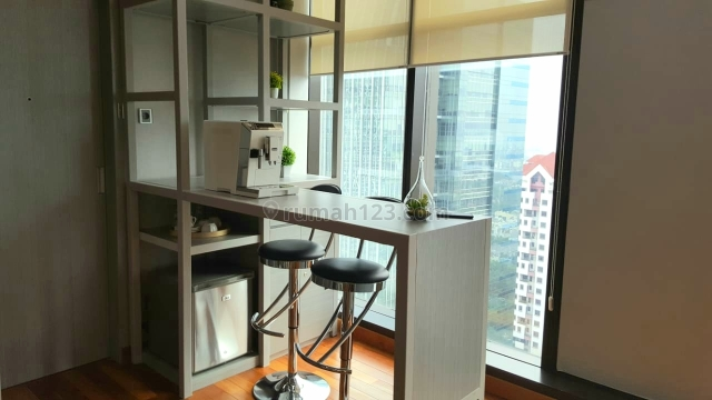 Ruang kantor luxury furnish di simatupang, TB Simatupang, Jakarta Selatan