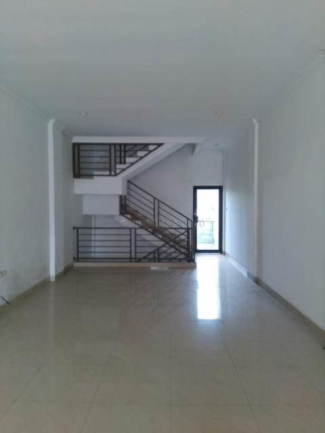 Ruko  di Cirendeu - 3 Lantai + Basement - Bagus dan Siap Pakai, Cirendeu, Jakarta Selatan
