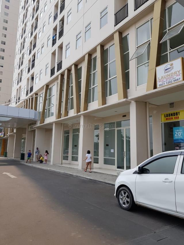 CEPAT MURAH RUKO 2 LANTAI AYODHYA Ruko Tangerang, Cikokol - Ayodhya Arcade Shophouses -- Ukuran 4,5 x 12 meter, LB : 108 m2, 2 Lantai, Sudah ada 4 AC. Sangat Bagus untuk usaha, karena langsung dibawah Keempat Tower Apartemen. Siapa Cepat Dapat!, Cikokol, Tangerang