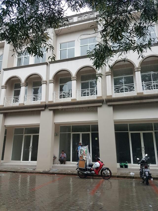 Ruko Baru, 3 lantai, lokasi bagus (dekat Sekolah & Perumahan), Bekasi Barat, Bekasi