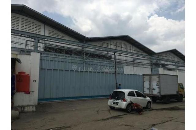 Gudang Pluit Deretan Emporium Kawasan Strategis Jalan Besar, Pluit, Jakarta Utara