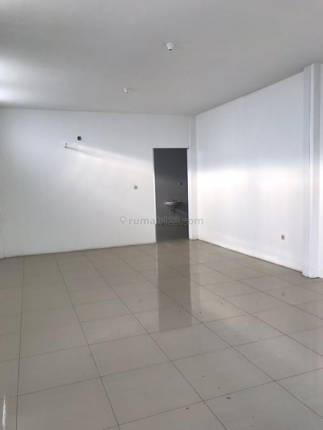 KANTOR + GUDANG SIAP MAJU BISNIS SIAP LANCAR DI SUDIRMAN BANDUNG, Sudirman, Bandung
