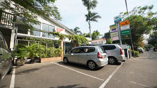 Ruang Usaha Kemanggisan, Kemanggisan, Jakarta Barat