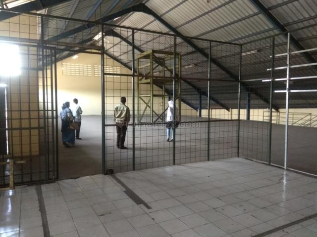 GUDANG ADA KANTOR DAN PRODUKSI DEKAT TOL KAWASAN BANDUNG TIMUR, Cileunyi, Bandung