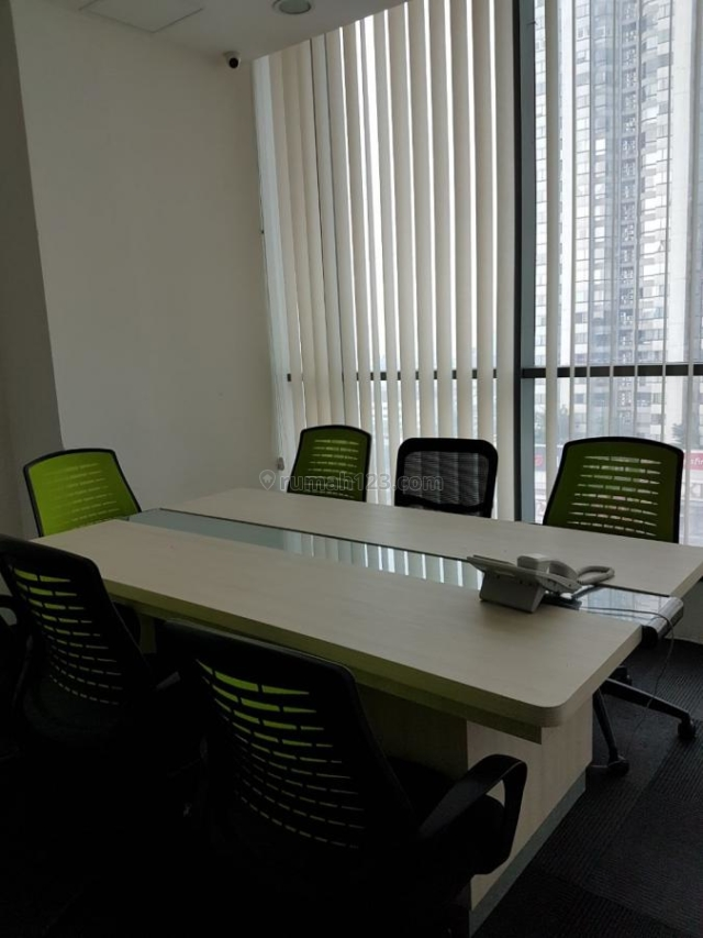 DAPATKAN MURAH! Office APL Tower 235ribu/month/sqm 280sqm, Central Park, Jakarta Barat