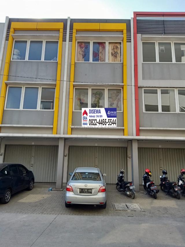 Ruko 3 Lantai lebih ditengah kota  Mekar wangi Square   Baik untuk Kantoran lising dan utk Glosir 2, Mekar Wangi, Bandung