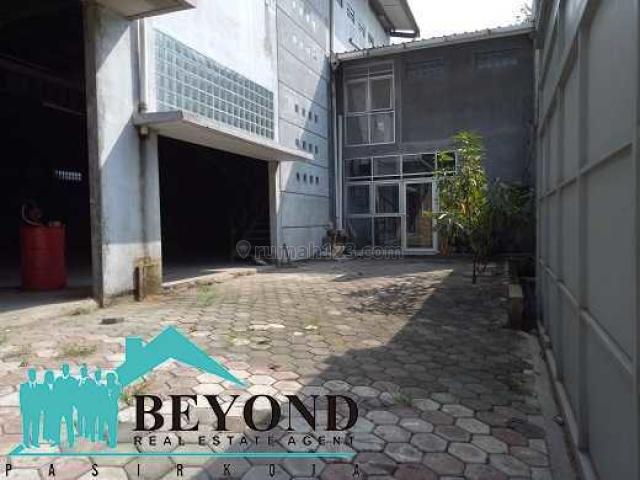 GUDANG KECE LOKASI DI TENGAH KOTA DAERAH CARINGIN BANDUNG, Caringin, Bandung