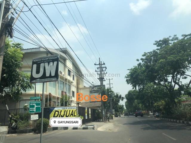 Cocok untuk Kantor, Resto Bangunan Siap Pakai di Gayungsari, Gayungan, Surabaya