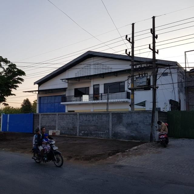 Gudang LAKARSANTRI SURABAYA BARAT  Bangkingan (OF 370), Lakarsantri, Surabaya