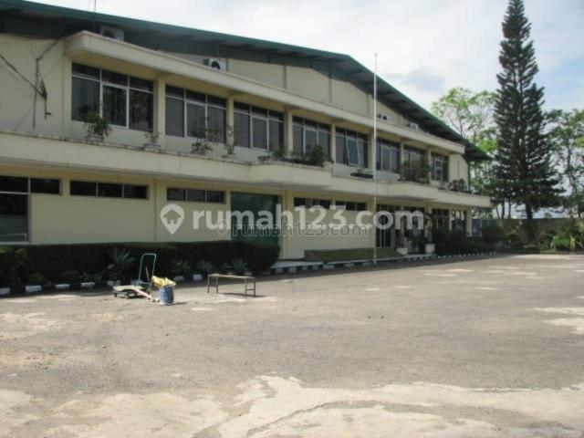 Pabrik garmen masih beroperasi berikut mesin, daerah Soekarno Hatta Bandung, Soekarno Hatta, Bandung